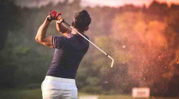 Comment regardez-vous le golf gratuitement?